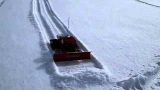 Gatto delle nevi radiocomandato