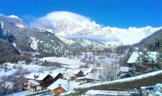 Valle d'Aosta, Prè Saint Didier: 1 notte in camera doppia con colazione per 2 persone in hotel a scelta tra 3* o 4*